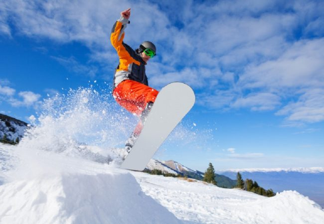How to Layer for Snowboarding