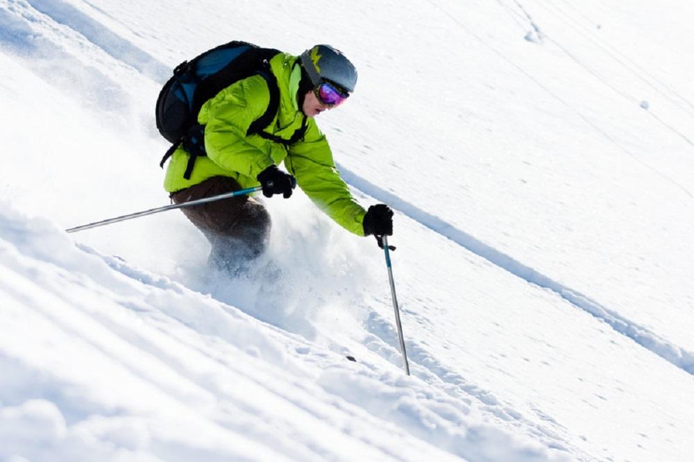 downslope skiing